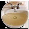 Pourquoi l'eau du robinet est-elle parfois brune ou rouge ?
